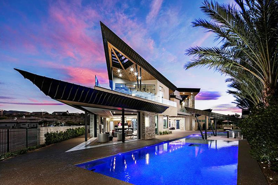 3 luxury mansions maylee.show