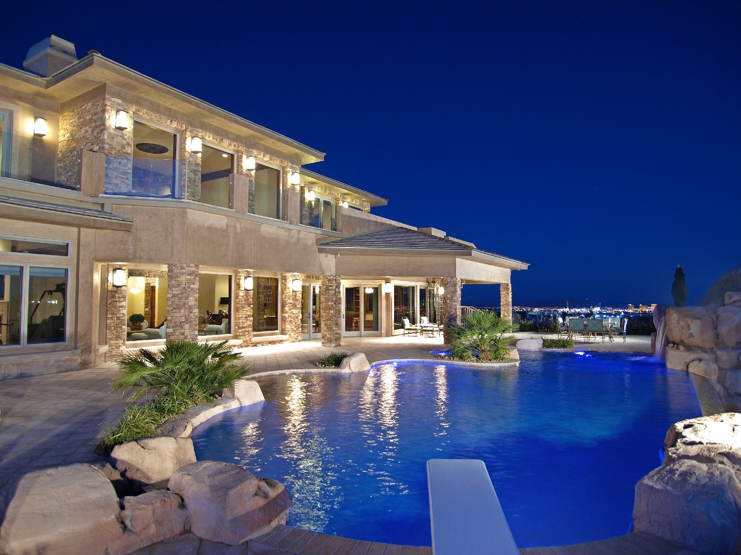 7 big luxury mansions maylee.show 102