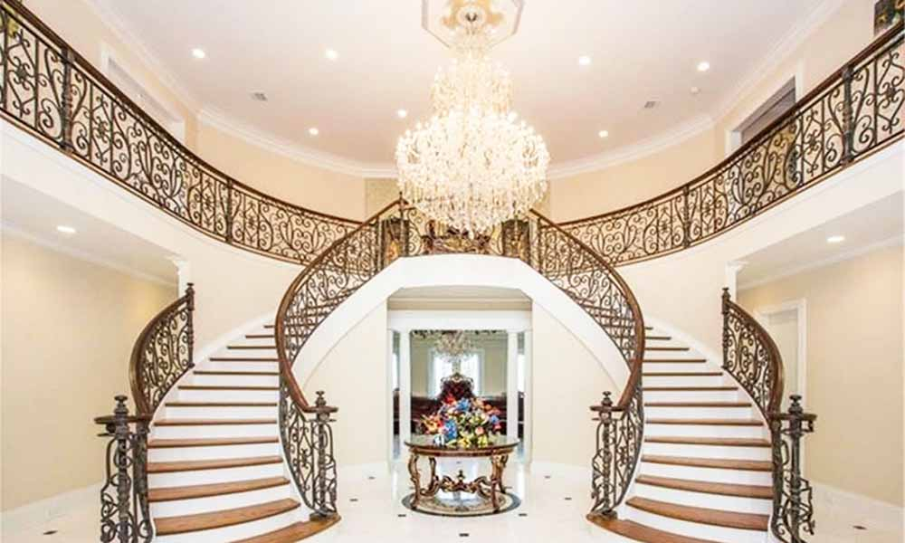 7 mind blowing royal luxury lifestyle dual stairs