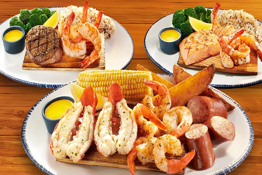favorite yummy red lobster dinner feast plates