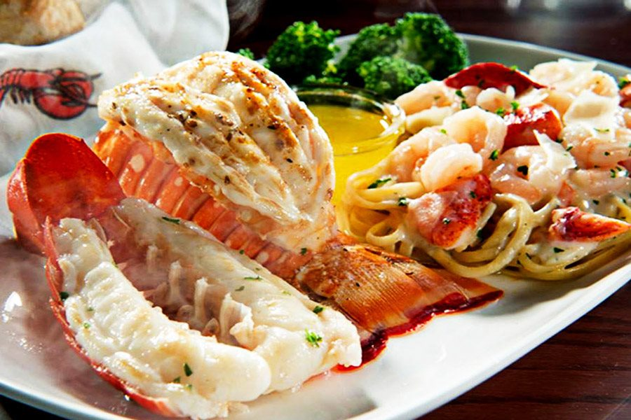 yummy red lobster dinner feast plates